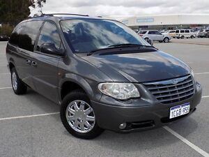 2005 Chrysler Grand Voyager RG 4th Gen MY05 Limited 4 Speed Automatic Wagon Maddington Gosnells Area Preview