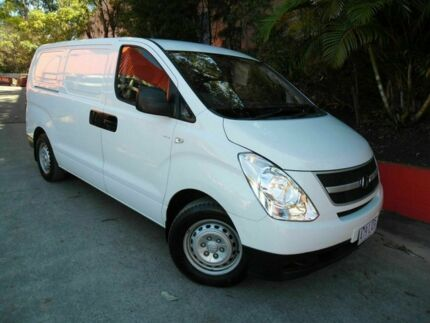2009 Hyundai iLOAD TQ-V White 5 Speed Manual Van Ashmore Gold Coast City Preview