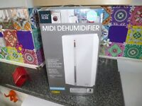 midi dehumidifier in box [easy home] from B and Q easy to use