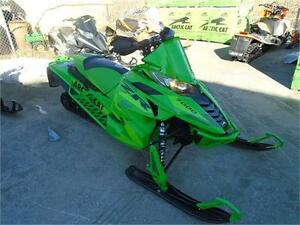2016 ARCTIC CAT ZR 7000 LTD 137 WITH 2 YEAR WARRANTY LOW MILES !