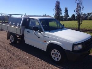 CHEAP UTE, 98 MAZDA 2600 4X2 TRAY, TOOLBOX, OCT 17 REGO $2499 Morpeth Maitland Area Preview