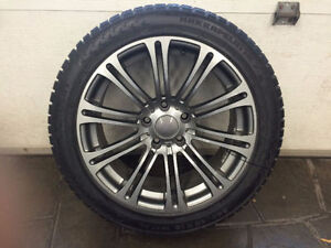 4 Pneus + 4 Mags HIVER. NOKIAN 245/45R18 100T XL RF. Comme NEUF