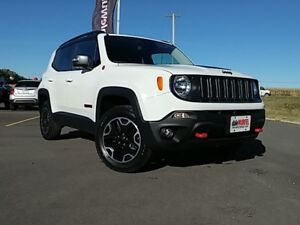 2017 Jeep Renegade Trailhawk | BACK UP CAM | HITCH | HEATED SEAT