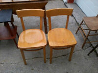 chairs(2)
