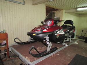 Motoneige Polaris IQ750 turbo LXT