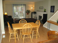 Affordable Northeast Townhouse! Direct bus to UWO and Fanshawe.