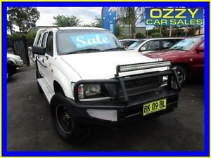 2001 Toyota Hilux LN167R (4x4) White 5 Speed Manual 4x4 Dual Cab Pick-up Minto Campbelltown Area Preview
