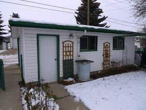 Lovely Family Home in Camrose Edmonton Edmonton Area image 5