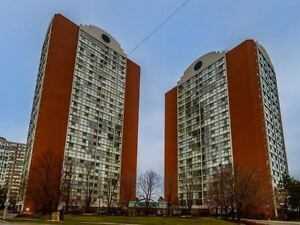 Beautiful 2 Bed, 2 Bath Condo in the Heart of Mississauga