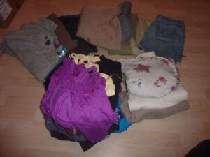 Women's clothing lot, size M ($ 2/item) Kitchener / Waterloo Kitchener Area image 1