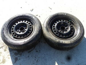 2 Kelly Tires with Rims for Chevrolet Malibu 215/60/15