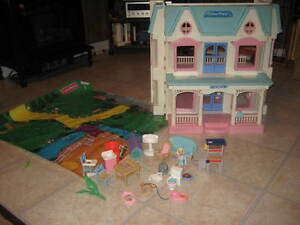 Fisher Price Dream Doll House Vintage 6364