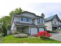 BEAUTIFUL UPPER MAIN 3 BEDROOM HOME (Burke Mtn)
