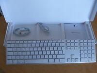 GENUINE APPLE USB KEYBOARD - BRAND NEW - BOXED