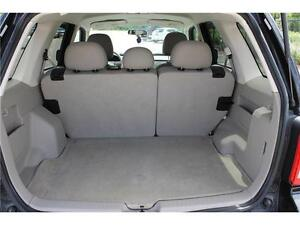 2008 Ford Escape *XLT* / V6 . 4WD . SUNROOF . POWER SEATS Kitchener / Waterloo Kitchener Area image 18