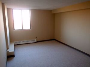 Spacious, Affordable, and Centrally Located Apartments for Rent Peterborough Peterborough Area image 4