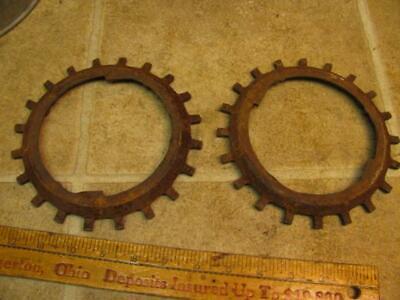 2 John Deere Soybean H1255b Corn Planter Plates Cast Iron 494 694 25b 24b 71