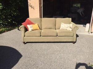 Couch - 3 years old - excellent condition