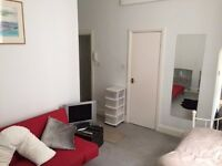 SB Lets are delighted to offer a large, fully furnished studio flat for short term let in Brighton