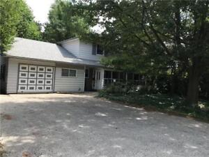 Attn. Investors ! 10 Bedrooms Home By The University of Waterloo