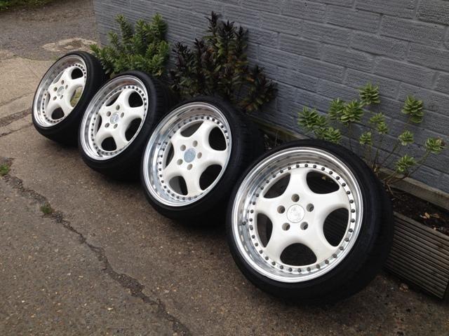 Rh Zw1 17 Quot 8 5j And 9 5j 5x112 Deep Dish Alloy Wheels