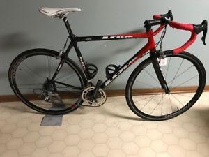 Look 585 Carbon w /Campagnolo Carbon 10 spd Zonda