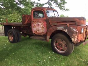 1946 FORD TRUCK for all original parts project or rat truck