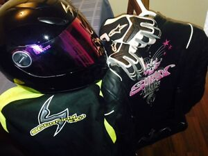 FEMALE SCOPRION RIDING GEAR