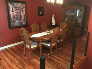 Solid Wood Dining Set, 6 Chairs, Oval Table w/ 2 Leaves, Hutch
