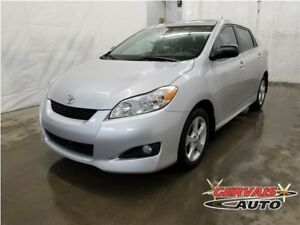 Toyota Matrix Touring Toit Ouvrant A/C MAGS 2012