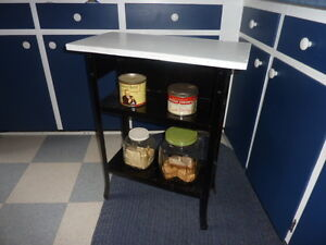 Small Antique Table............Timmins Delivery