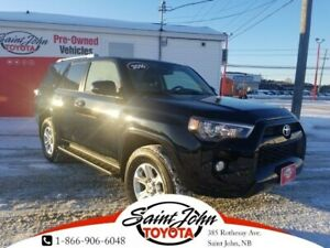 2016 Toyota 4Runner SR5 Leather, Sunroof, Heated seats