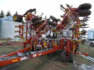 Bourgault 5710 with 5440 tank