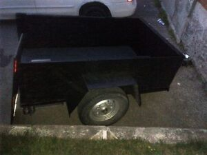 7ft.X4ft. 2009 trailer $400 or trade for one with ramp
