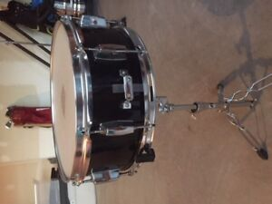 *UPDATED PRICE* Westbury 5-piece Drum Set For Sale