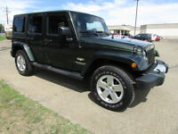 2011 Jeep Wrangler Sahara UNLIMITED 4x4  (only 27,000 kms)