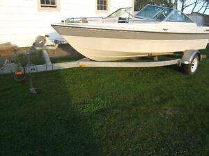 18 foot doral hull