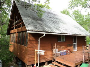 Wonderful cabin at Struthers Lake Park***Reduced to 89,900.