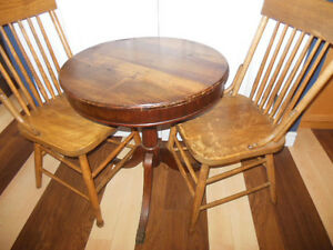Shaker box style table top table with claw feet, 2 wood chairs London Ontario image 3