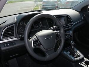 2017 Hyundai Elantra GLS West Island Greater Montréal image 12