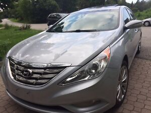 2011 Hyundai Sonata 2.0T,4cyLimited with Navi,Clean,certified !!