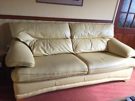 Three Seater Leather sofa Settee. Good condition