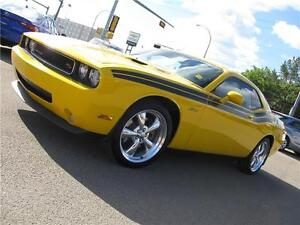 2010 Dodge Challenger R/T Classic WOWOWOW SUMMER FUN IS HERE