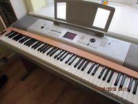 Yamaha DGX-620 Electric Grand piano