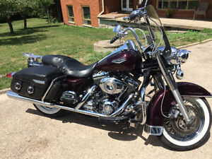2007 Harley Davidson Road King loaded