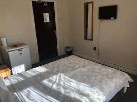Double rooms & double en-suite's with TV, Mini fridge & all bills included available