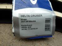 2 New Schwalbe Delta Cruiser tyres 26 x 1 3/8