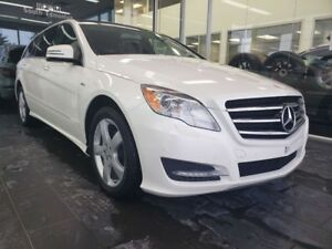2011 Mercedes Benz R-Class BlueTEC, NAVI, SUNROOF, HEATED SEATS