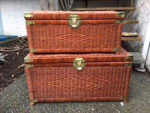 Wicker Chests. 1 large and 5 smaller ones