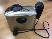 Tefal F33 Deep fat fryer - large capacity. Manual included.